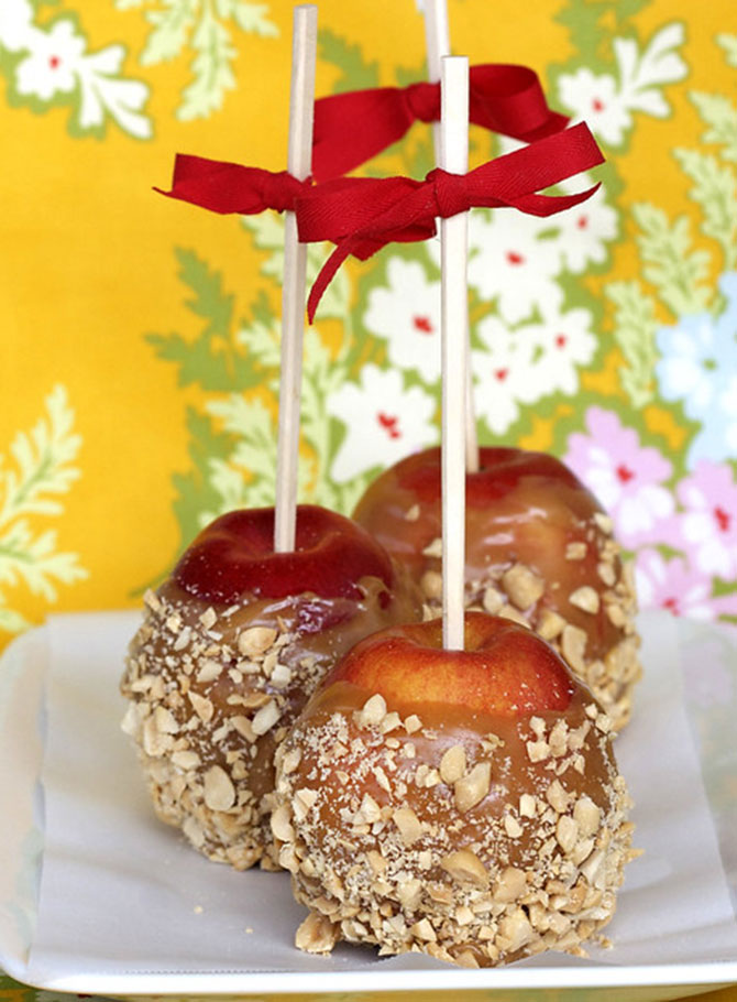 Peanut Butter Caramel Apples